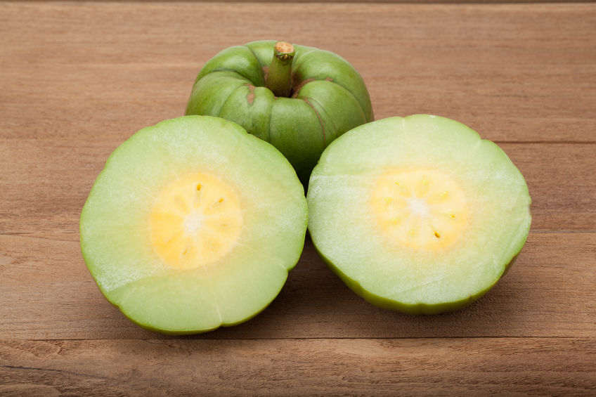 garcinia cambogia fruit open