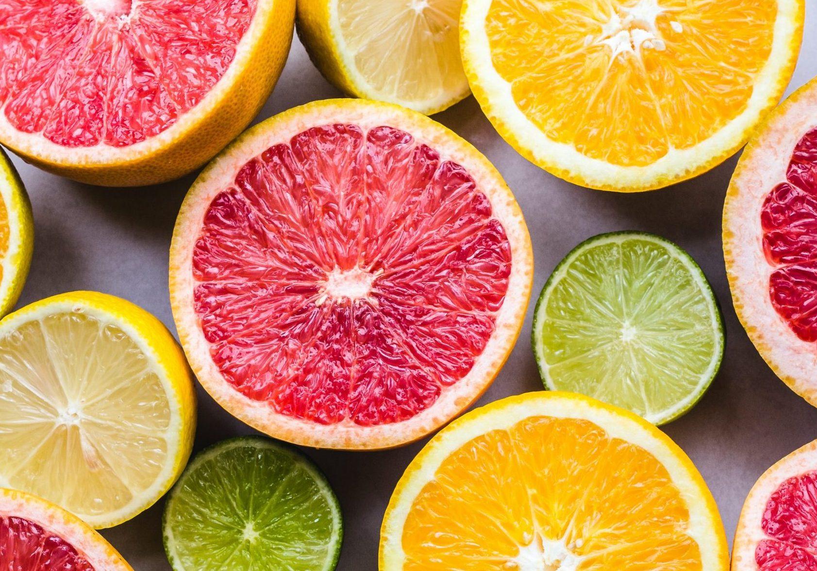 veel soorten citrusfruit