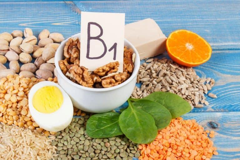 Varios alimentos que contienen vitamina B1